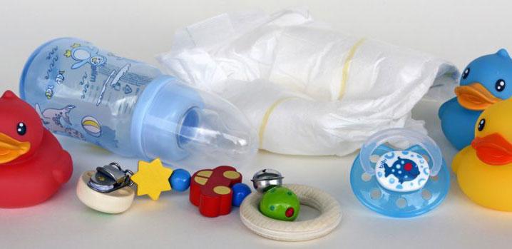 Что взять в поликлинику с новорождённым?